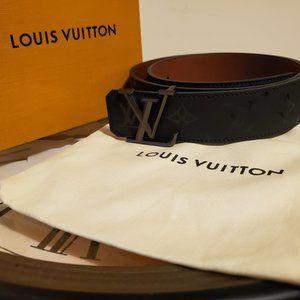 "Louis Vuitton Pyramide, Waist 30-32"""